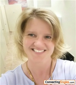 fay divorced singles personals Nowadays online dating becomes easier sign up for free today and start flirting and chatting with some of the best singles near you in minutes.