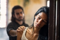 5 Signs A Relationship Is Becoming Abusive