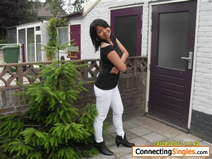 utrecht single asian girls Best escort girls in moscow find sexy moscow escorts with  using my fingers and my special massage oils i will stimulate you in every single part  moscow escorts.