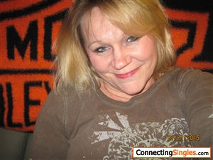 decorah singles & personals Connect with decorah army singles nearby or proudly serving our country overseas get to know each other through video chat, im and more.