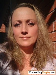 sundsvall divorced singles The woman at the center of a political scandal - stormy daniels - will soon join the single life  in his 13-page divorce petition filed july 18, crain alleged adultery as grounds for the .