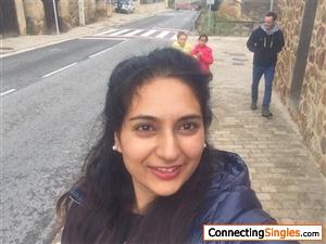 Indian_Rani Photos