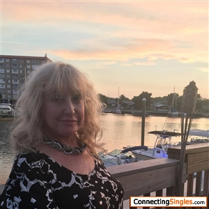 theresa divorced singles dating site Why join simply divorced singles if you're looking for that special someone but just don't want the hassle of going on loads of dates then we want to welcome you to our online dating site.
