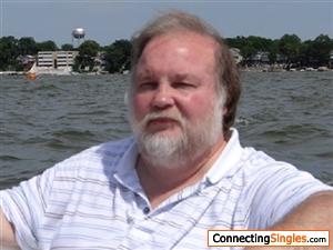 Enjoying the day boating on the lake