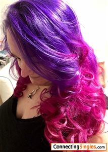 This was taken a year or so ago... I'm a little crazy & love being different hense the hair xxx