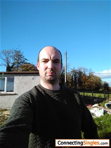 Im here to date with guys & girls in Meath - Badoo