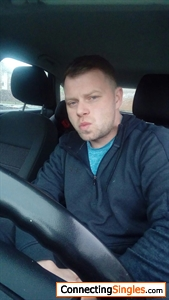 Trying my hardest to pout Cant some one teach me lol