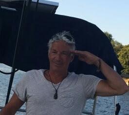 Capitainedan Photos