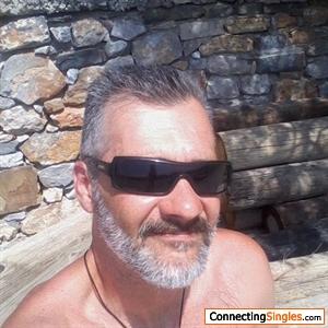 https photos connectingsingles com singles 2836 crete dating 5806848 jpg1274720278