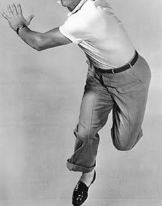 Boy, could this guy dance!!!!  He was on Easter Parade, he sang in the rain and he was also An American in Paris