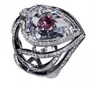 De Beers Secret Kiss of the Rose Ring – $525,000